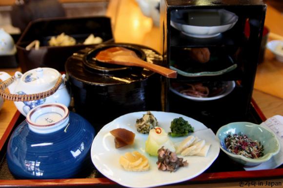 눈도,입도,귀도 즐거운 일본 츠케모노 전문점