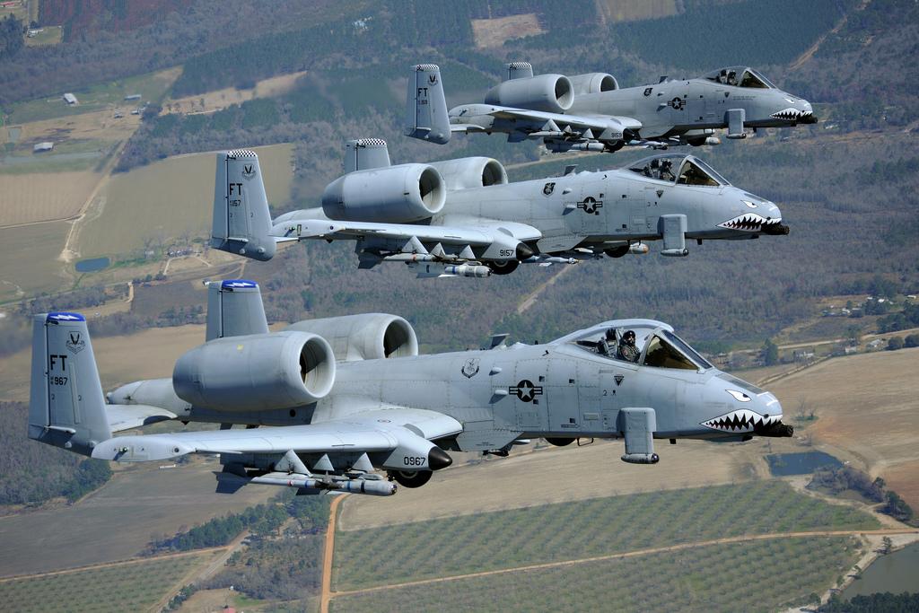 A-10 공격기에 전자교란 기능을 고려 중인 미 공군