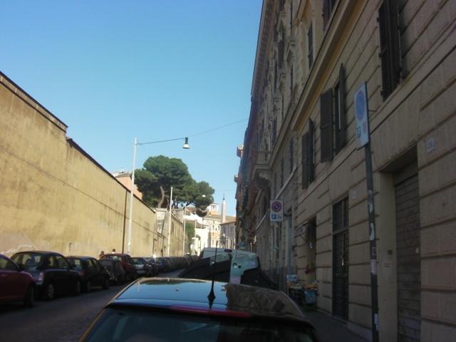로마: 산 조반니 인 라테라노 대성당과 아시나리우스..