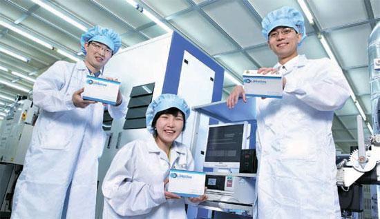 소형 2차전지 세계 1위 … 차세대 전기차용 개발도 앞장