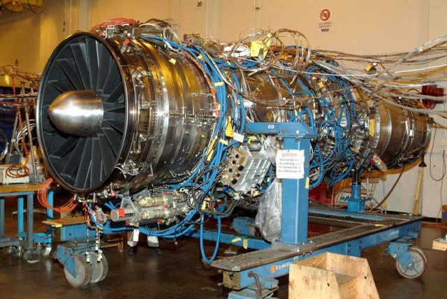 F-35 대체엔진 개발을 중단한 GE와 롤스 로이스