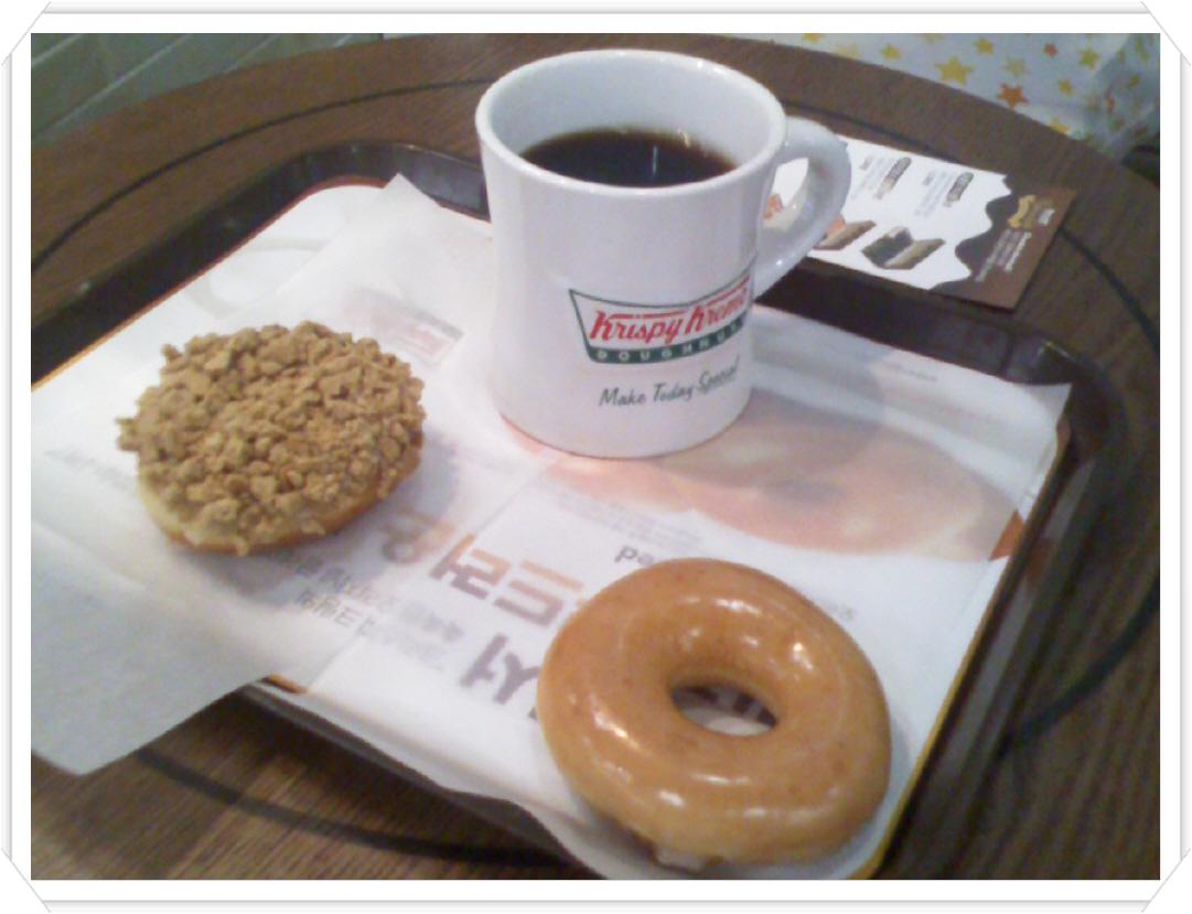 크리스피크림 -부드럽게 입안을 채우는 도넛