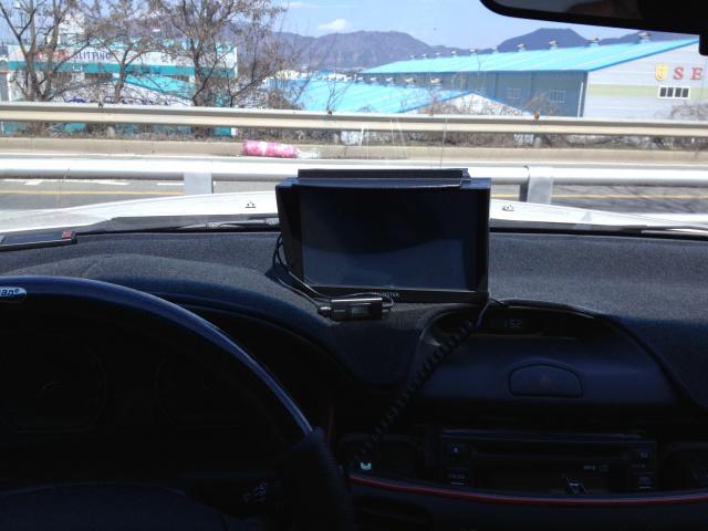 [로체] 몬스터3D 부착기(8인치 네비게이션) - ..