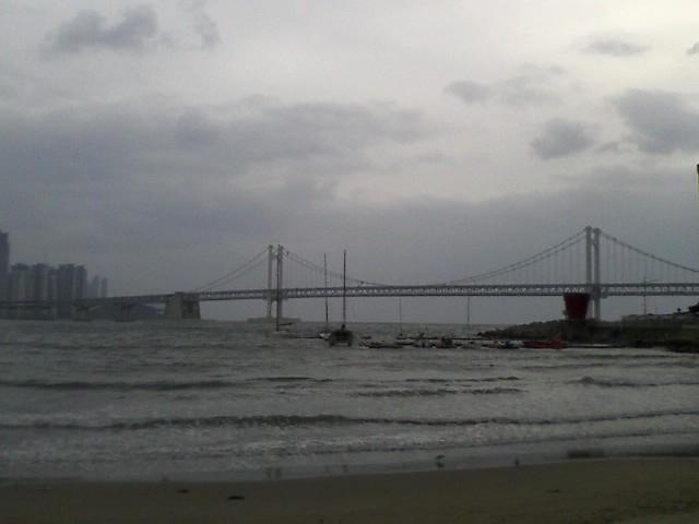 +광안리 바닷가!흐린날씨