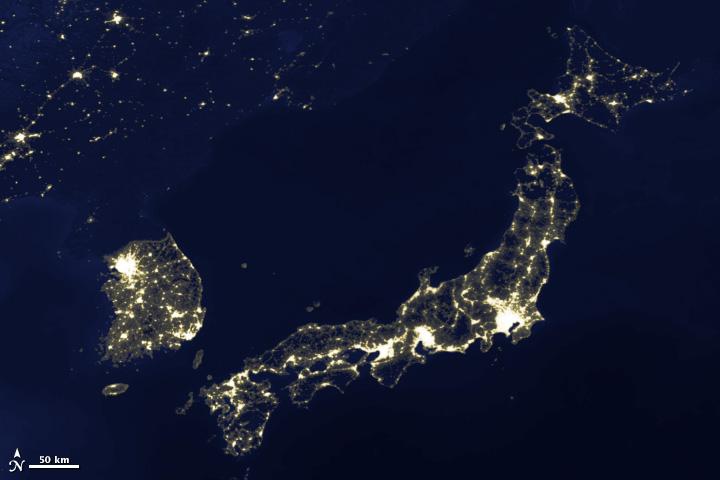 인공위성이 바라본 지구의 밤