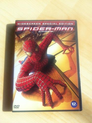 스파이더맨 1 DVD를 구했습니다.