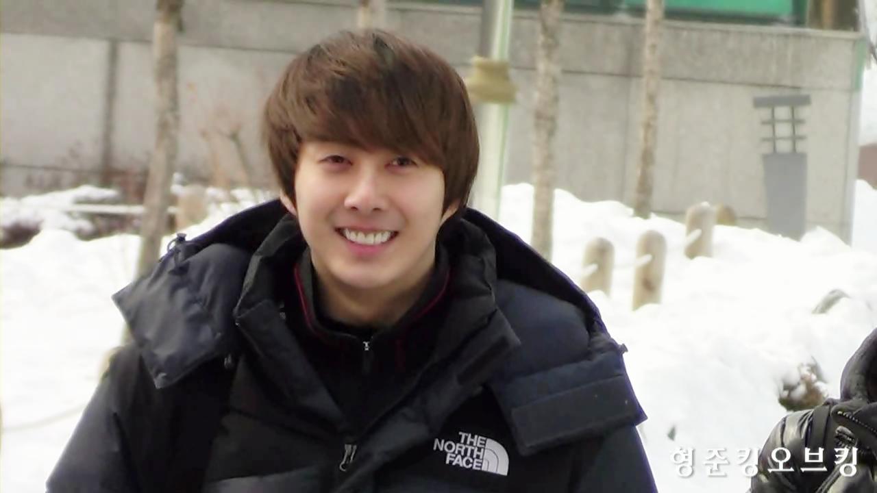 130209 김형준 대림축구장 ;; 찬바람을 가르는 환한 미소