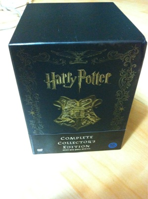 """""""해리 포터 얼티밋 컬렉션"""" 박스세트를 샀습니다."""