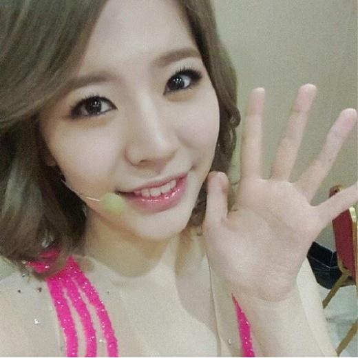 소녀시대 써니, 호나한 미소로 팬서비스