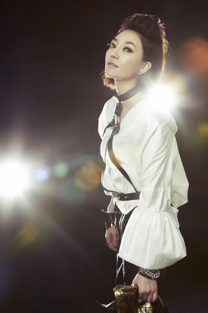성우 이용신 첫 정규앨범 11월 15일 발매!!!