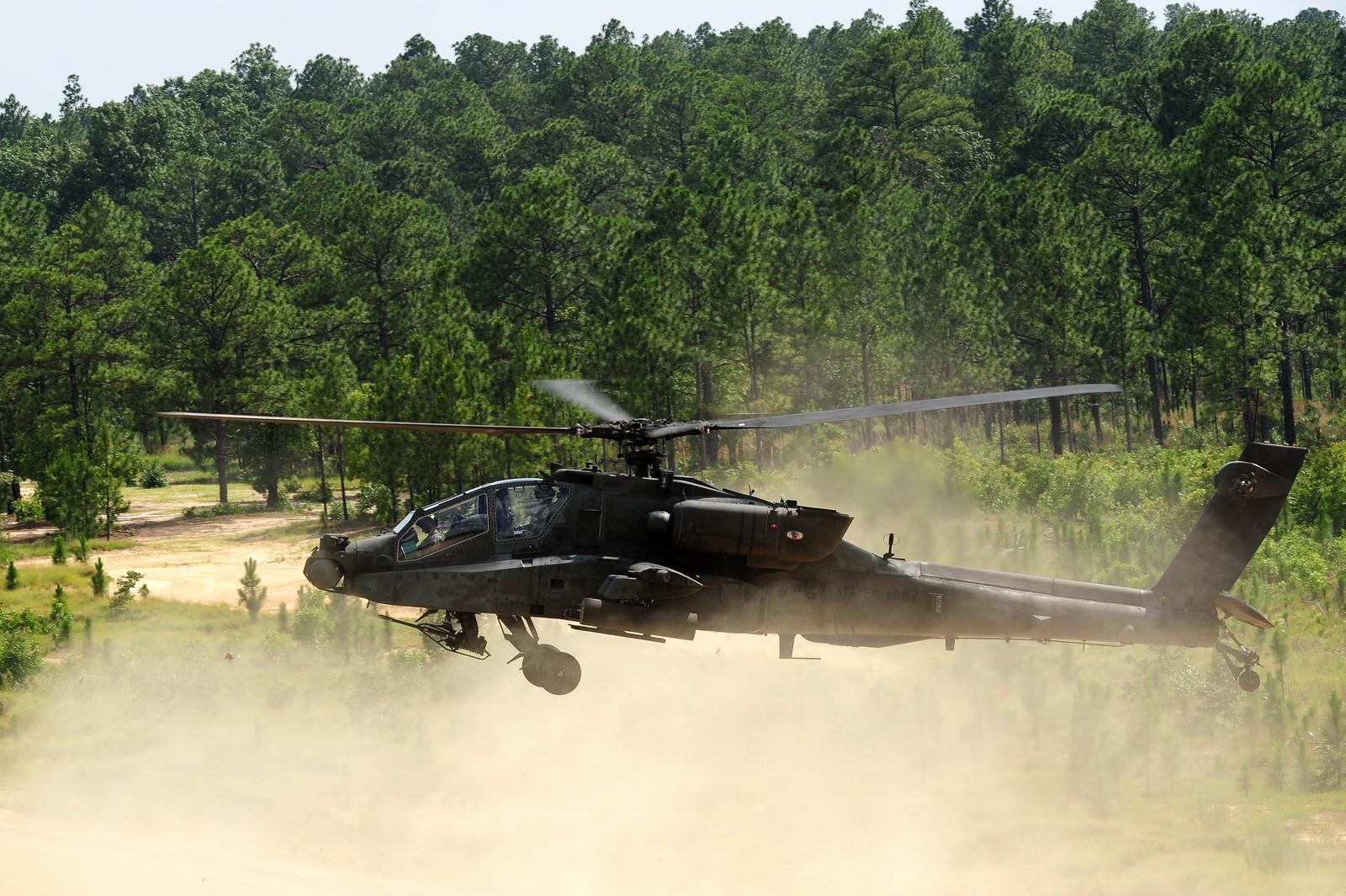 미 육군의 정찰 임무를 떠맡게 될 아파치 공격헬기