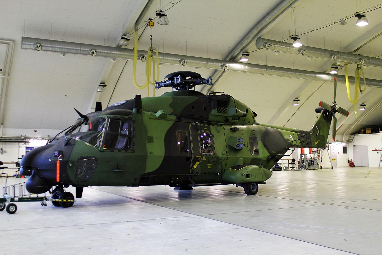 Iceland Air Meet 2014 위해 도착한 핀란드공군 NH-90