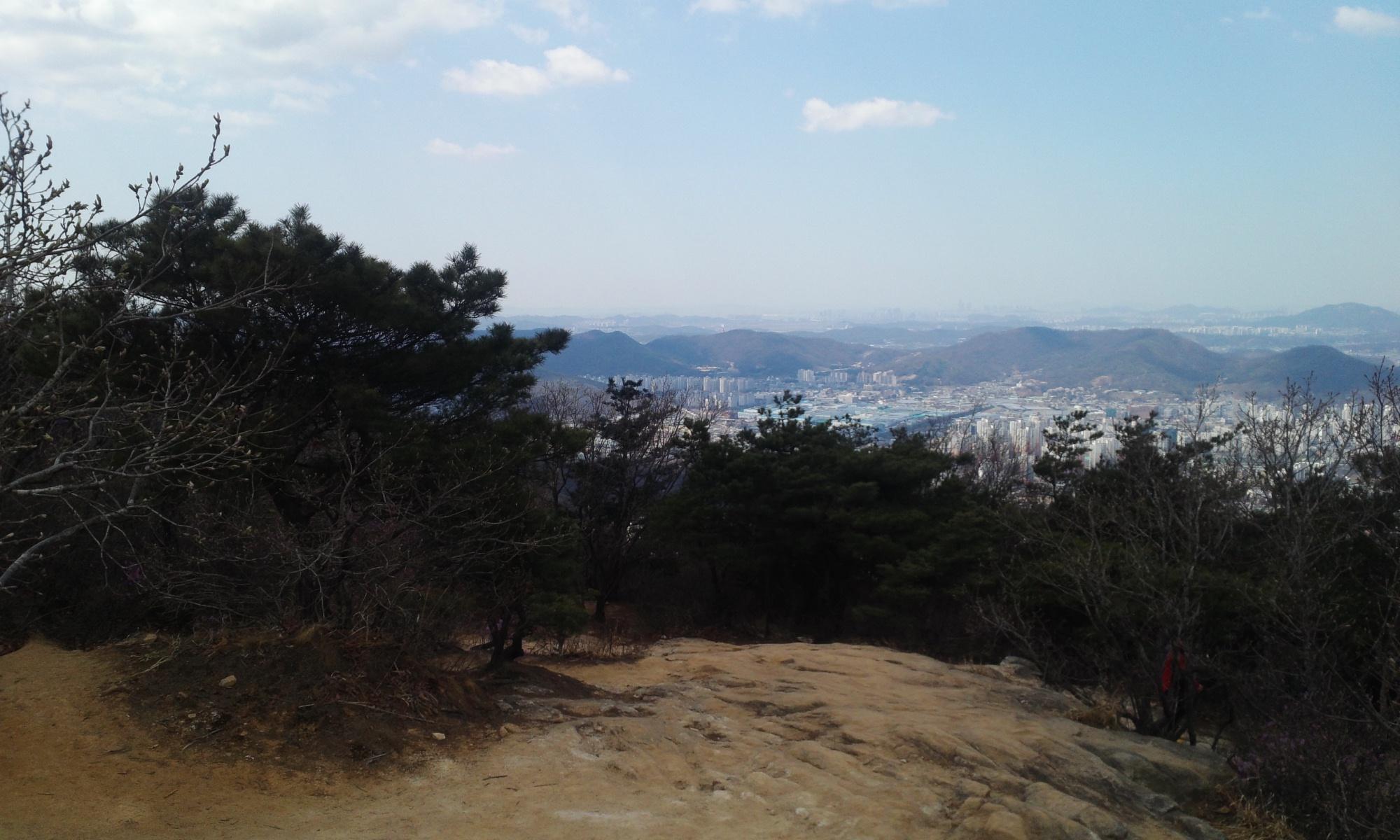 2014년 4월 4일 금요일 관악산 민주동산 정상 전경 사..