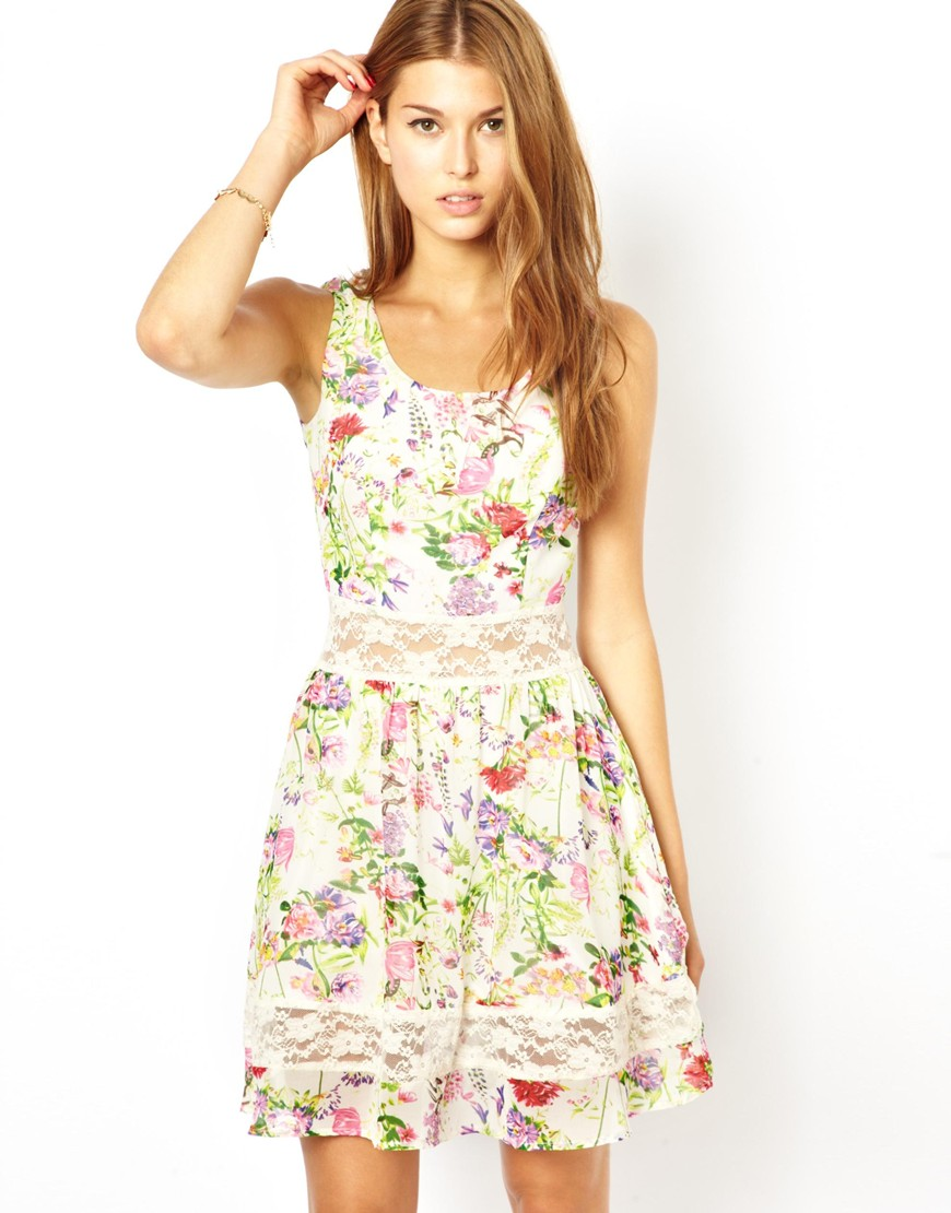 여성복(AX Paris Floral Skater Dress with Lace..