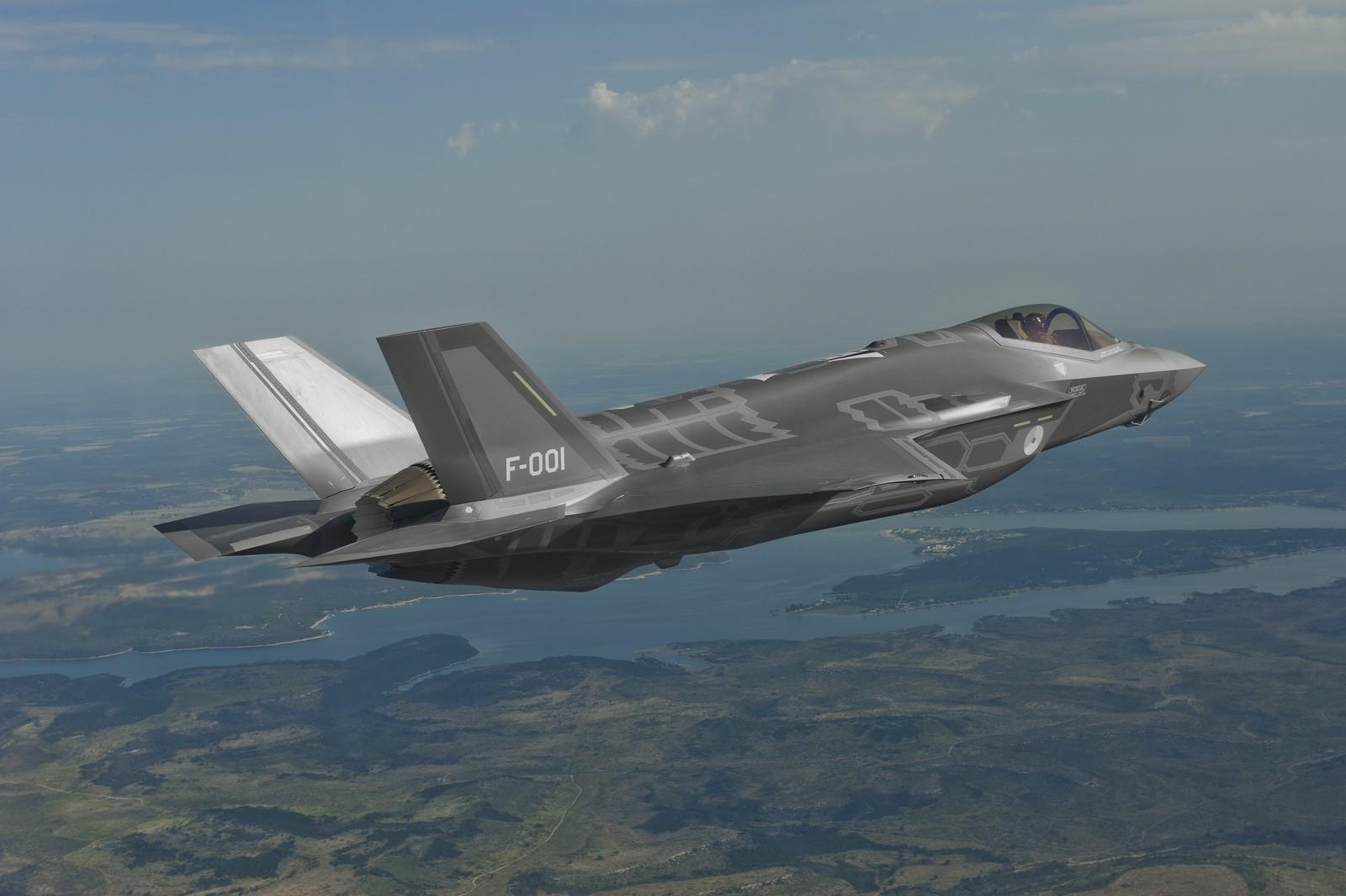 자국에 더 많은 F-35 일감을 끌어들이려는 이탈리아