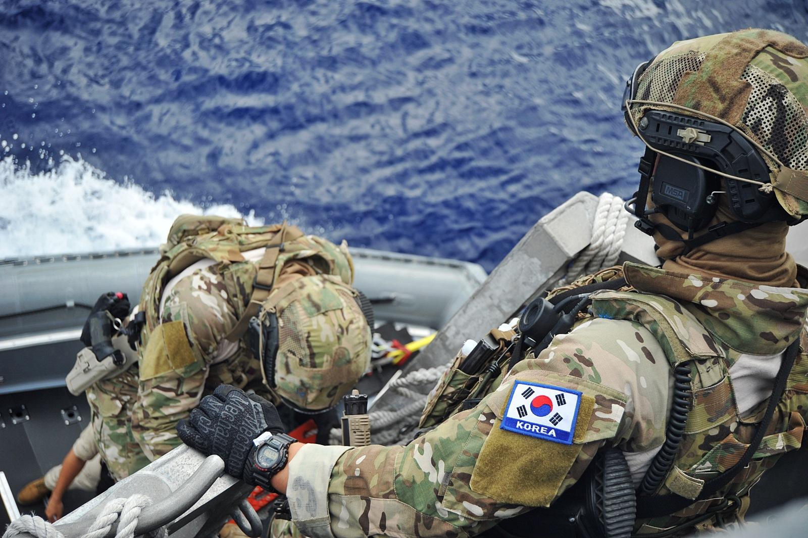 RIMPAC 참가 해군 EOD 특수임무대 RIHB 이용 연..