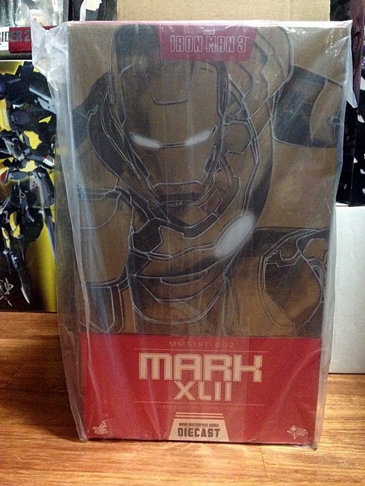 Hottoys IRON MAN MK42