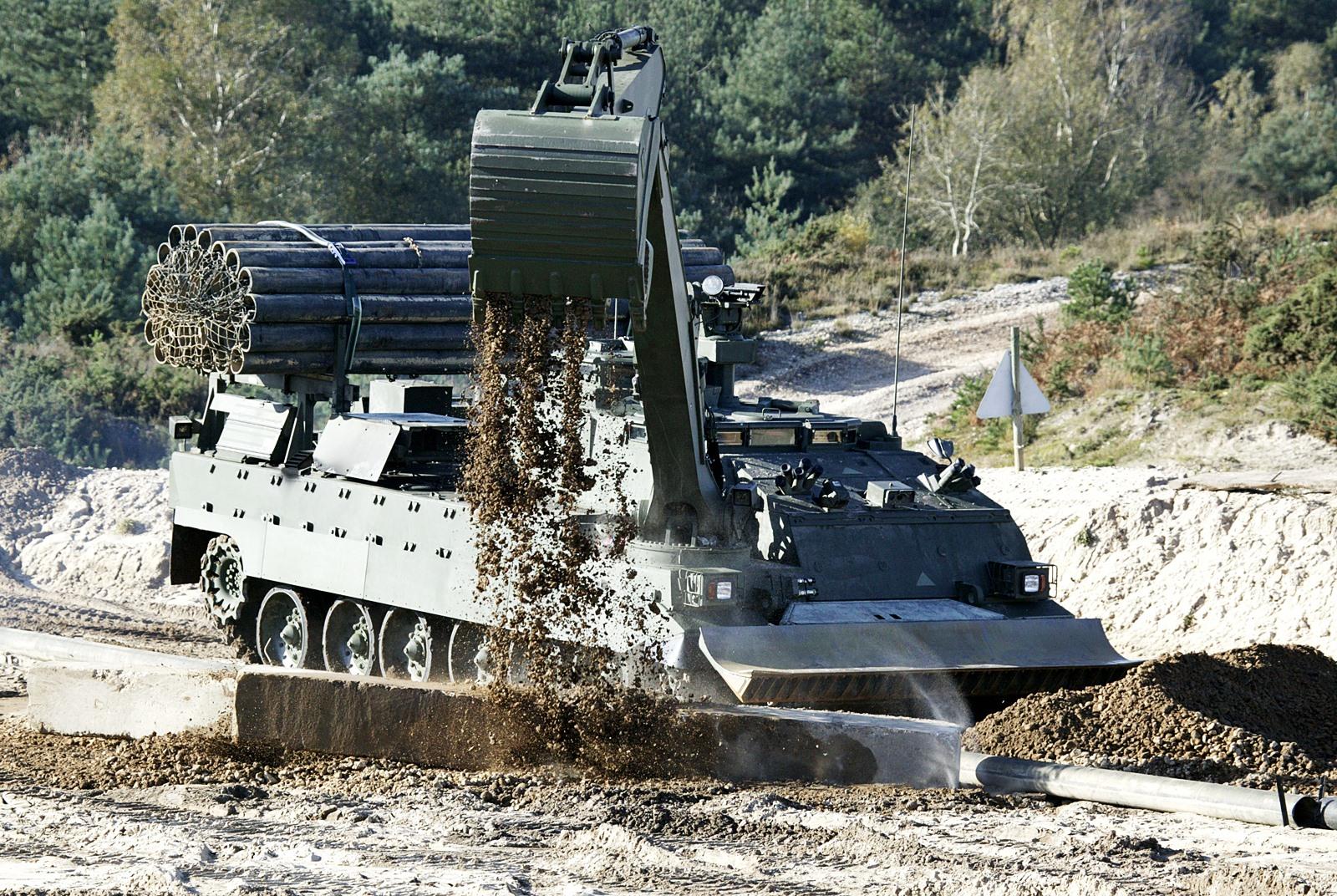 영국육군 Trojan 장갑공병전차 (AVRE)