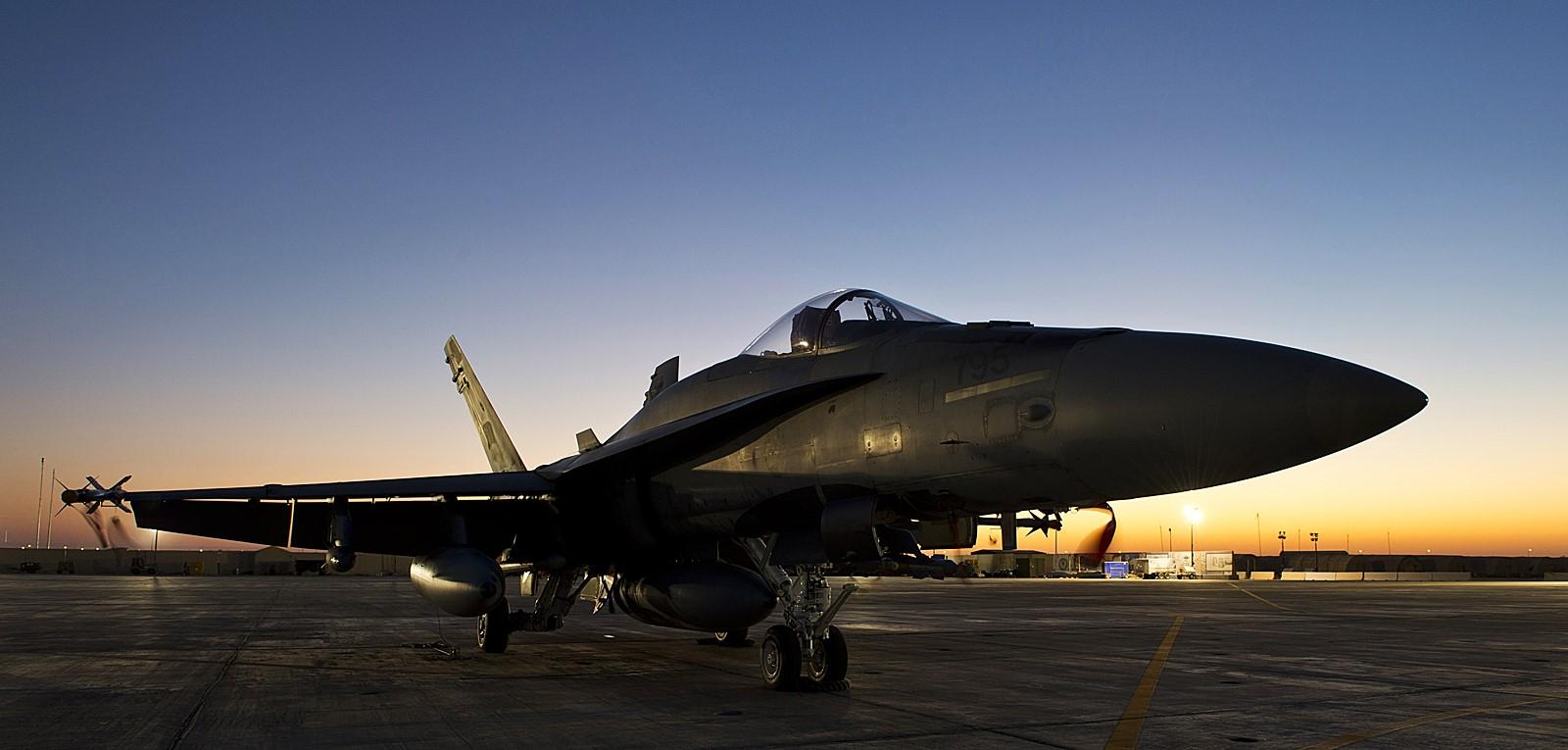 "ISIL 소멸 작전 ""Op. IMPACT'를 수행하는 캐나다.."