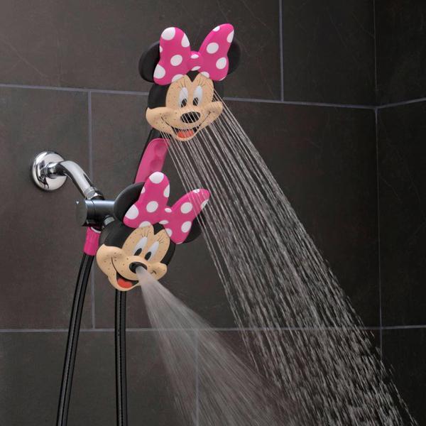 미키 마우스 & 미니 마우스의 샤워기가 참 귀엽네요.