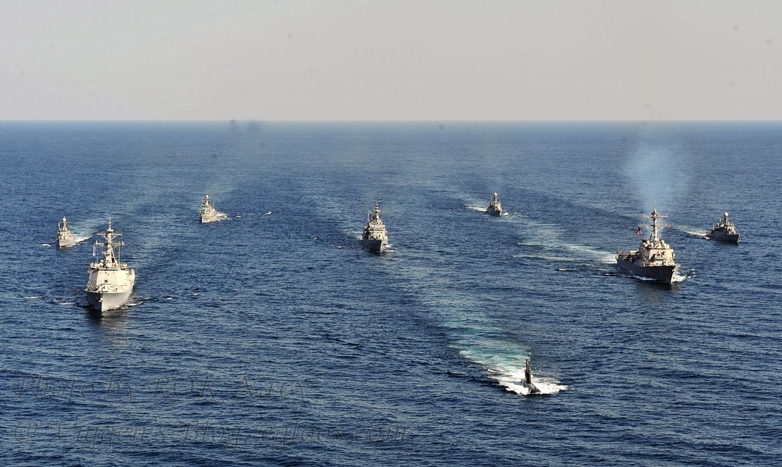 한미연합 해군 동해상에서 해상기동훈련 실시
