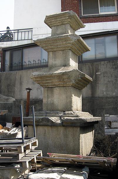 서울 계동의 삼층석탑