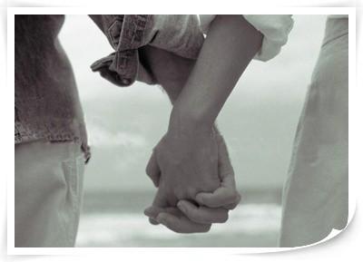 양손으로 연인 손잡기 하면 엄청 행복해서 뿜었다