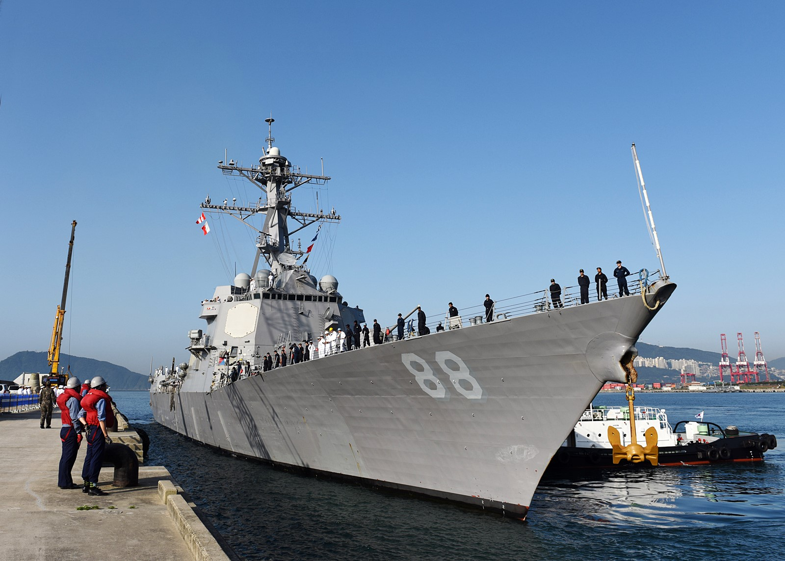 부산항을 방문한 미해군 핵추진 잠수함과 미사일 ..