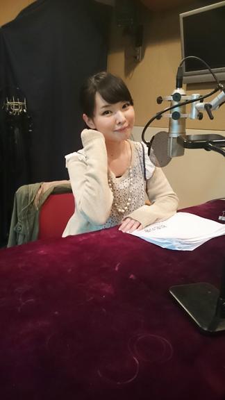 성우 이토 카나에씨의 사진이 귀엽네요.
