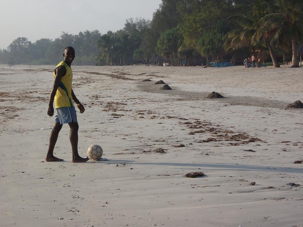 [탄자니아] 미카디(Mikadi) 해변 훈련