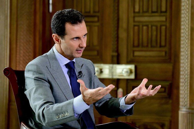 뉴욕 타임즈의 아사드 인터뷰: 자신감, 친근감, 후..