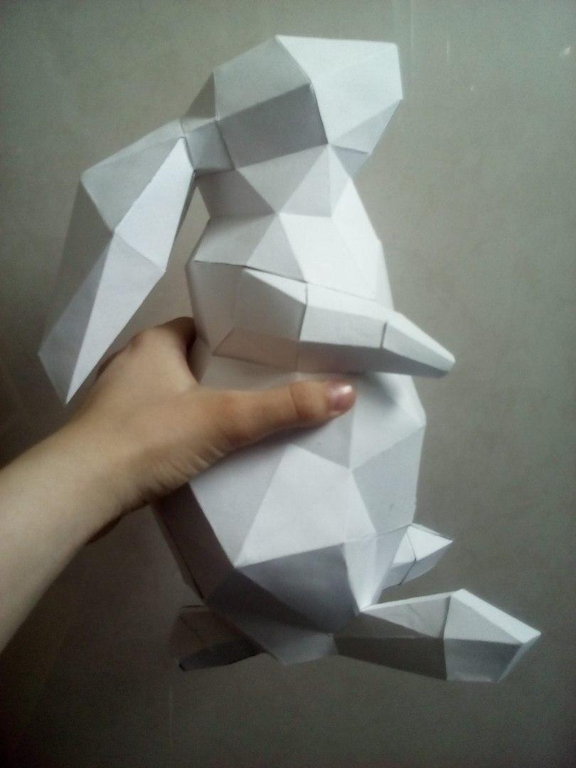 두발로 선 토끼 페이퍼크래프트