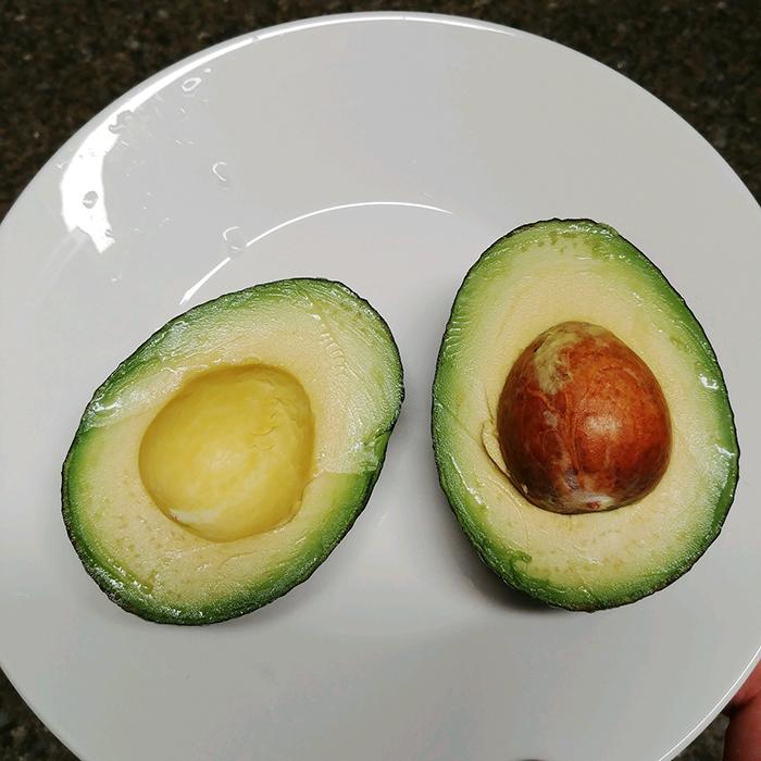 [토리요리] 아보카도 먹고 살기