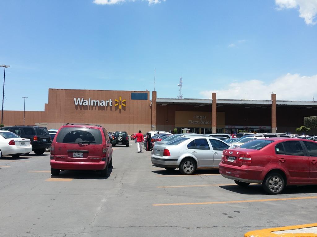 [멕시코] 월마트가 장악한 쇼핑센터