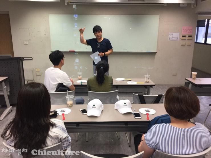 대만실천대학의 한국유학생 오리엔테이션 하고 왔..