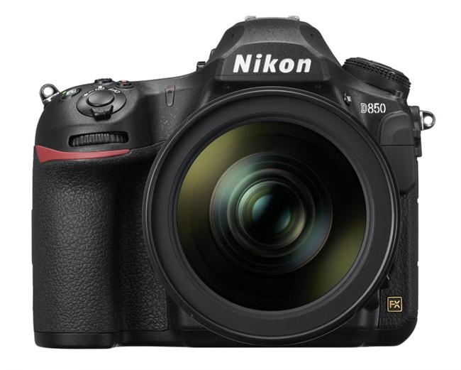 Nikon에서 4,575만 화소의 DSLR 카메라를 내놨..