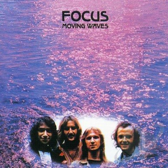 Focus (Moving Waves)