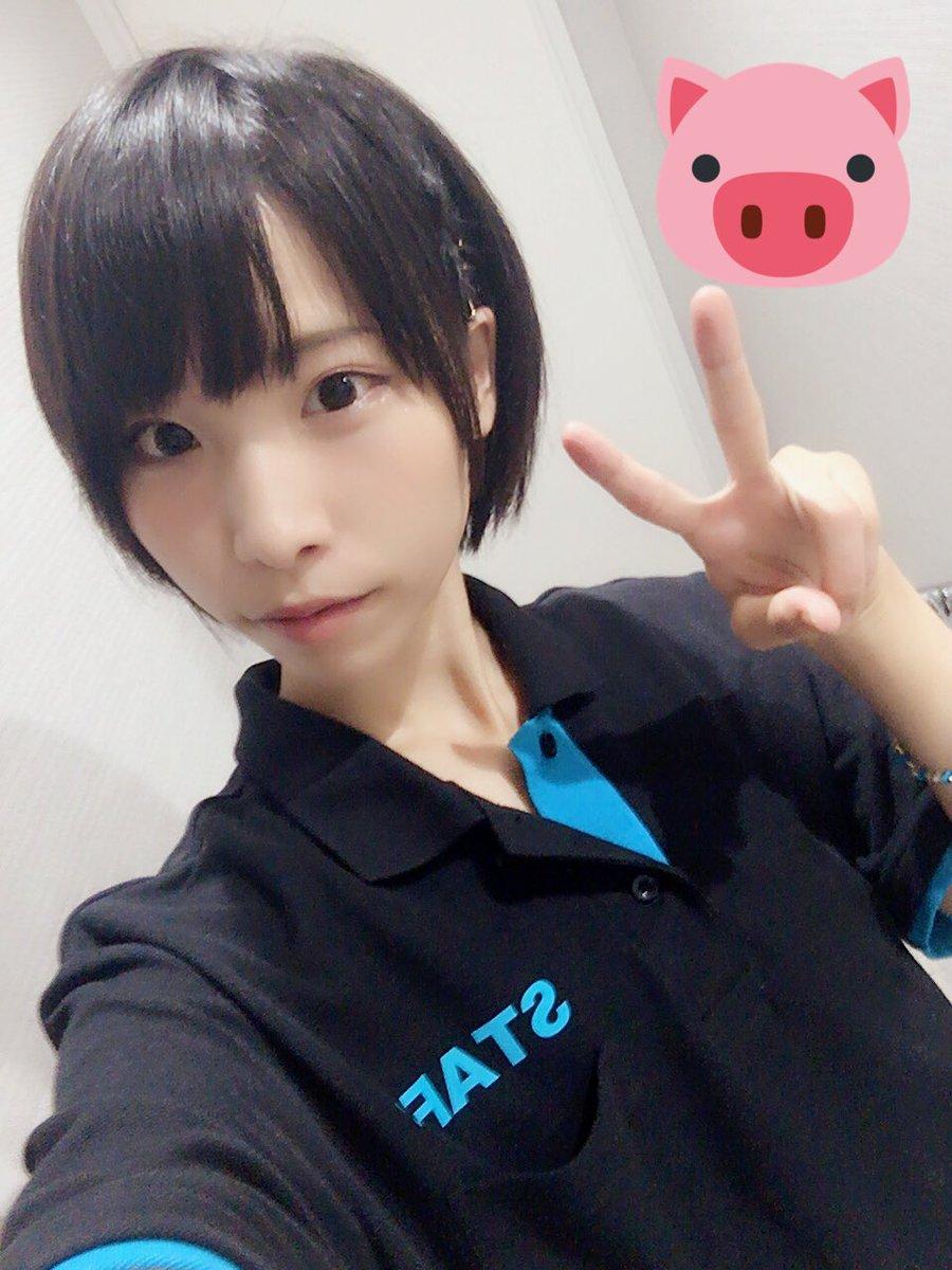 성우 아사히나 마도카가 자신의 트위터에 올린 사진이..