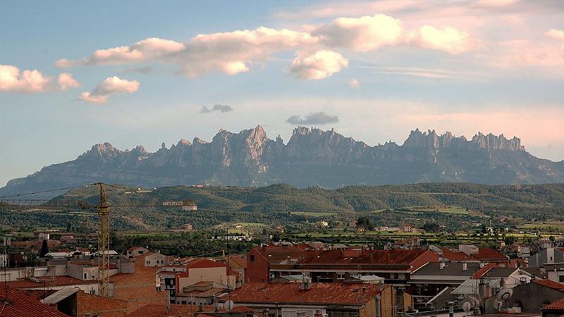성당 여행; 스페인 몬세라트 수도원