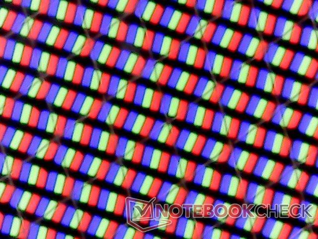 노트북의 4K 패널.. 대부분이 사실 진짜가 아닙니다.