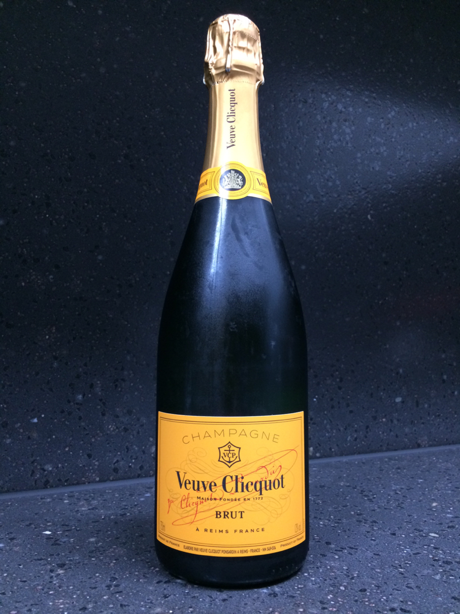 Veuve Clicquot Brut Yellow Label (8-)