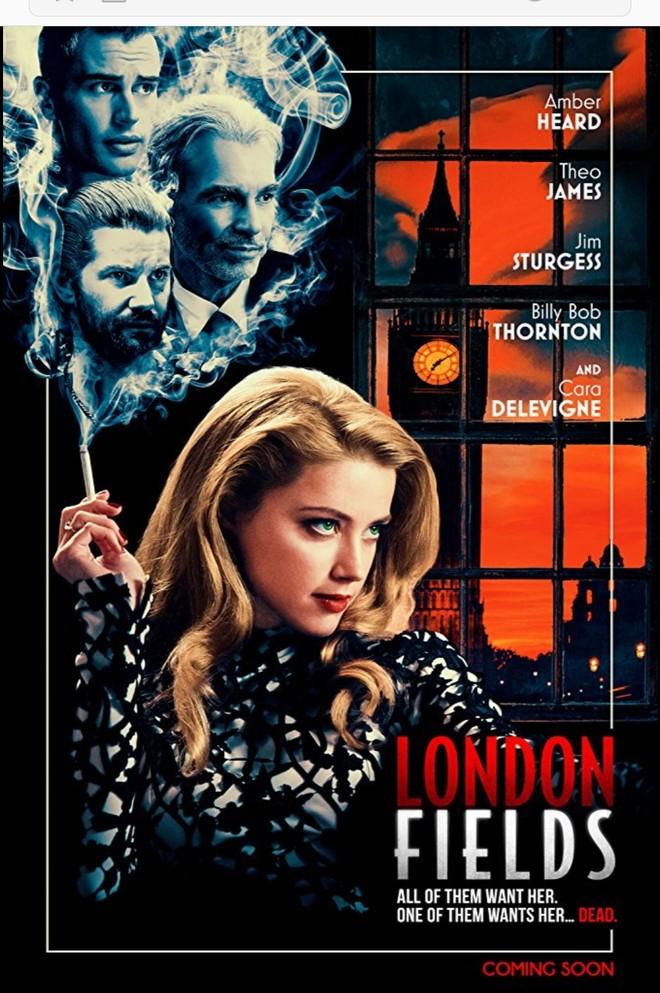"""London Fields"" 라는 작품입니다."
