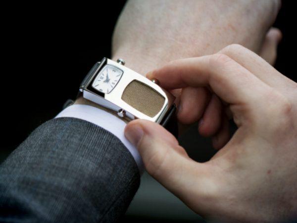딕트레이시 손목시계가 인디고고에 올라왔다