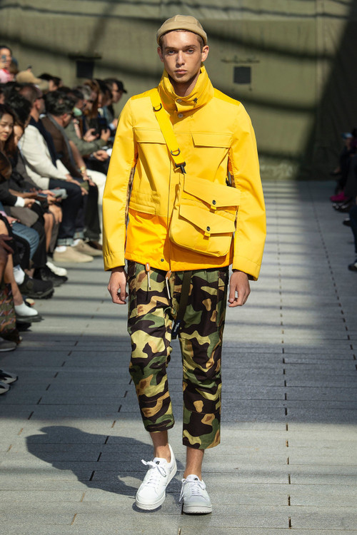 - Junya Watanabe SS19 Is All About Storage