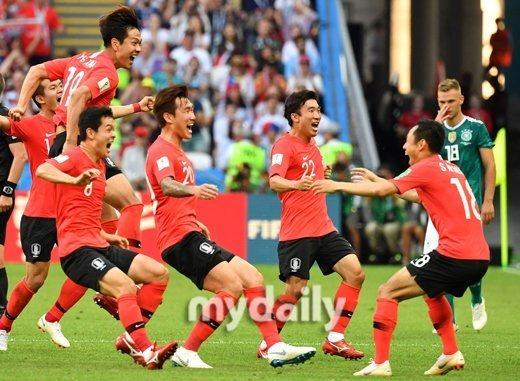 2018 러시아 월드컵 독일전 승리, 독일과 영국, ..
