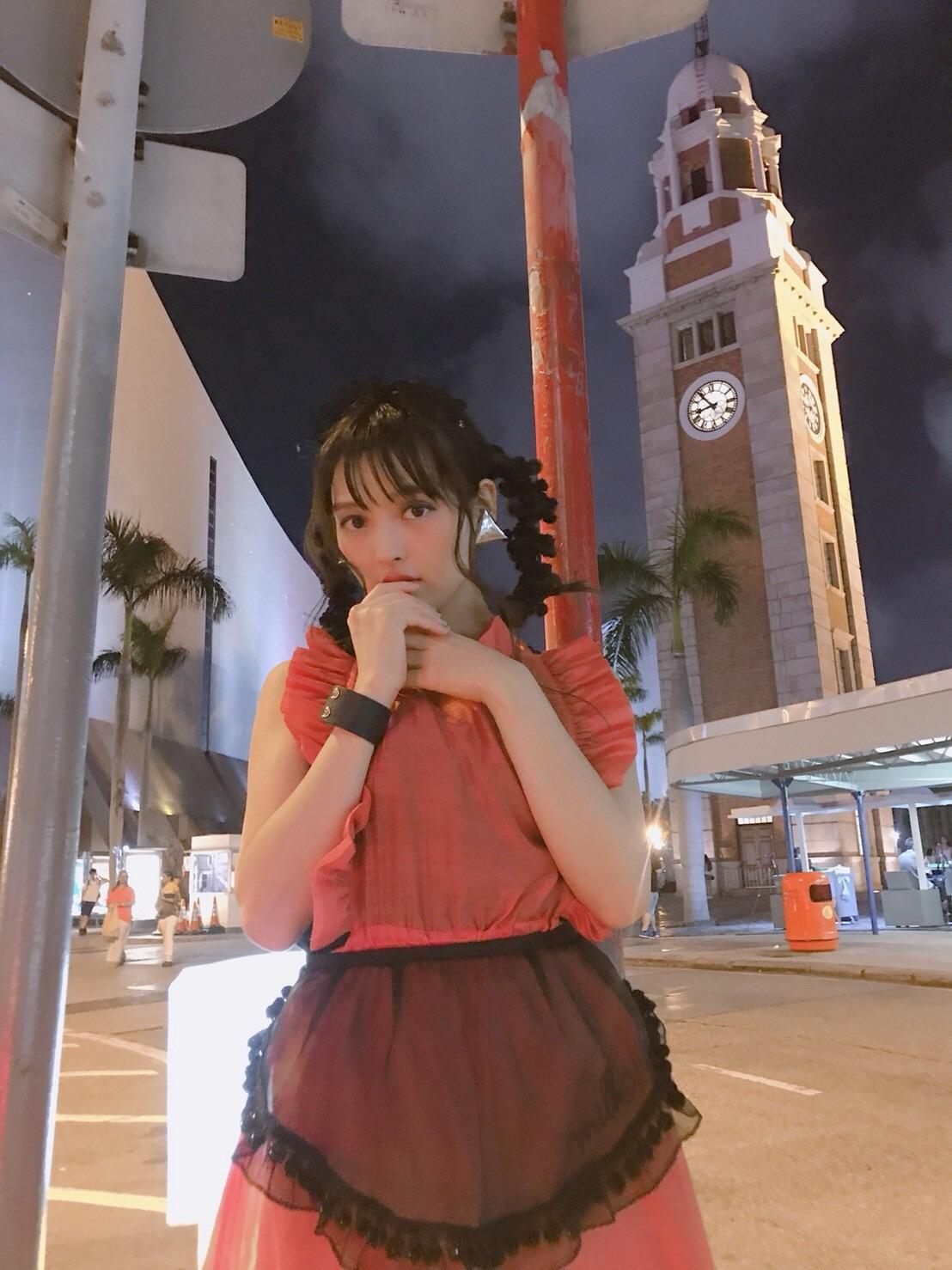 성우 우에사카 스미레가 홍콩에서 찍어온 사진을 라인..
