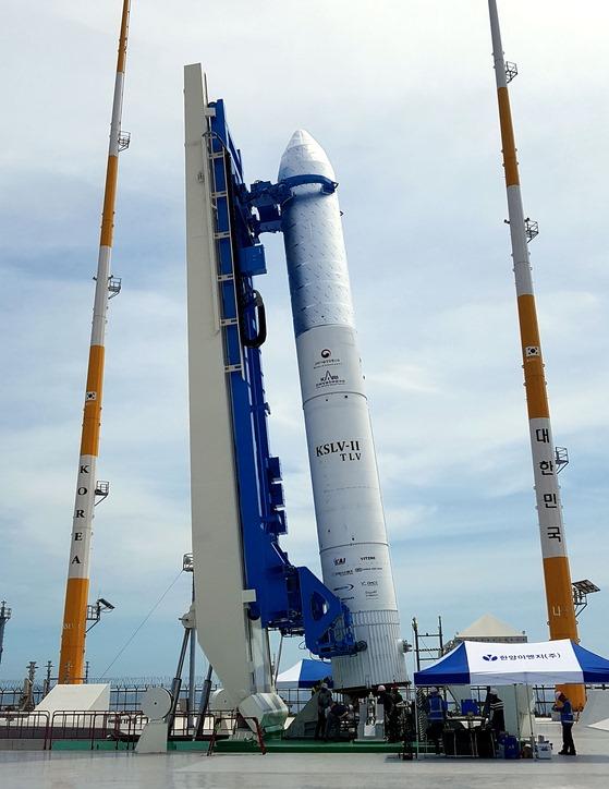 한국형 우주로켓 시험발사체 `KSLV-II TLV` 10월..