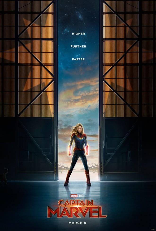"""""""캡틴 마블"""" 티저 예고편과 포스터 입니다."""