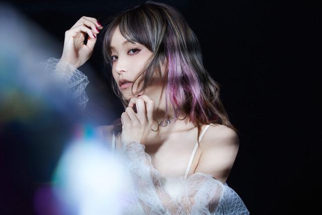 LiSA가 2018년 12월 12일에 발매하는 싱글 음반의 수록..