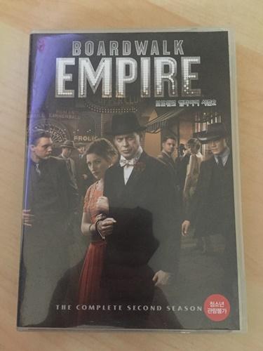 """""""보드워크 엠파이어"""" 시즌2 DVD를 샀습니다."""